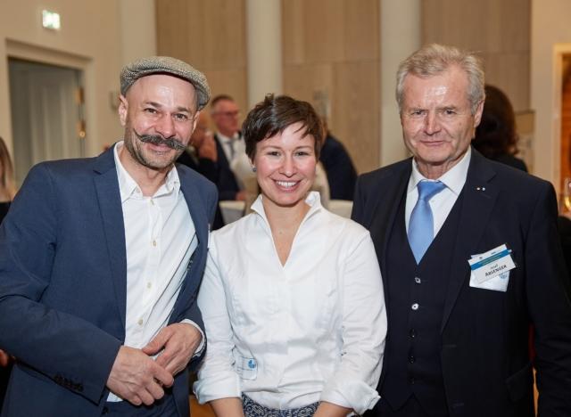 v.l.n.r.: Mag. Andreas Gugumuck (Wiener Schneckenmanufaktur e.U.), Dipl.-Ing. Magdalena Teufner-Kabas, MSc (Kleinkraft OG), Josef Absenger (Absenger Holding)