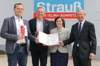 """Die Geschäftsführer Peter und Rudolf Strauß freuen sich auf ein besseres """"New Normal"""""""